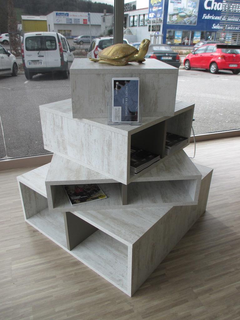 Bibliothèque de notre showroom